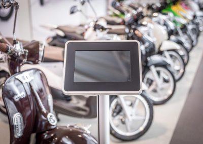 NOVUS_RetailSystem_TabletSafe_Szene_1